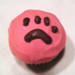 apple-cinnamon-dog-cupcake-pink-paw